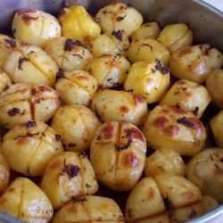 Fragrant Oven-Baked Whole Potatoes