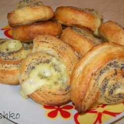 Puff Pastries with Poppy Seeds