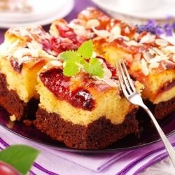 Cake with Biscuits and Jam