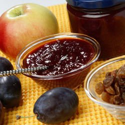 Confiture with Walnuts