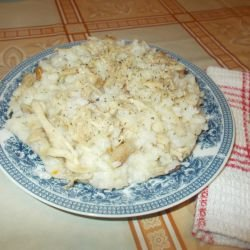 White Rice with Chicken in the Oven