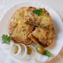 Sandwich with Onions