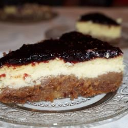 Cheesecake with Jam and Biscuits