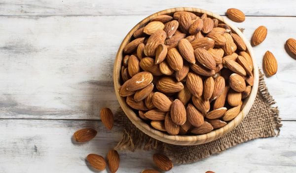 How and Why Do Almonds Need to be Soaked?