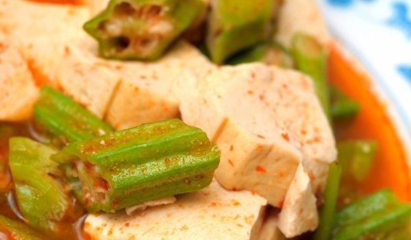 Okra with Tofu
