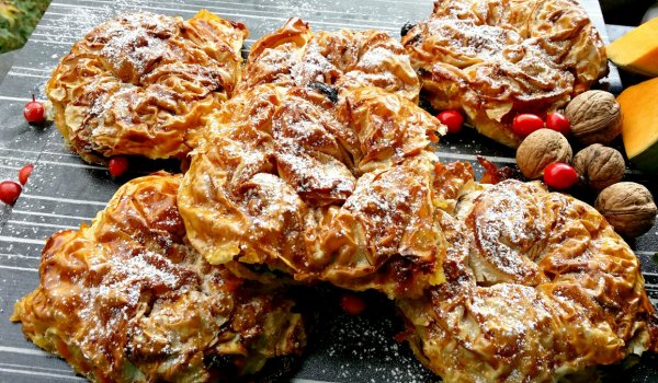 Phyllo Pastries with Cream and Pumpkin