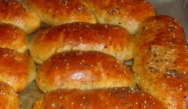 Quick Cheese Buns with Savory