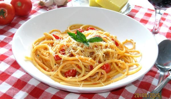 Bucatini with Tomato Sauce, Cherry Tomatoes and Parmesan