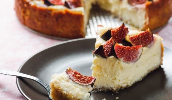 Vanilla Cheesecake with Fig Jam and Walnuts