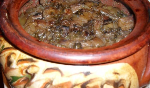 Chomlek with Pork and Champignons