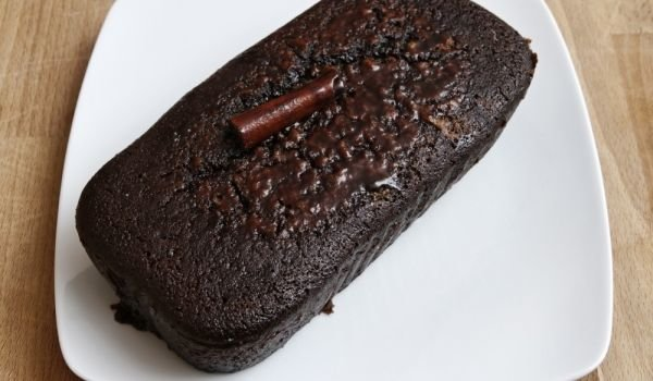 How to Make Black Paint for Cakes?