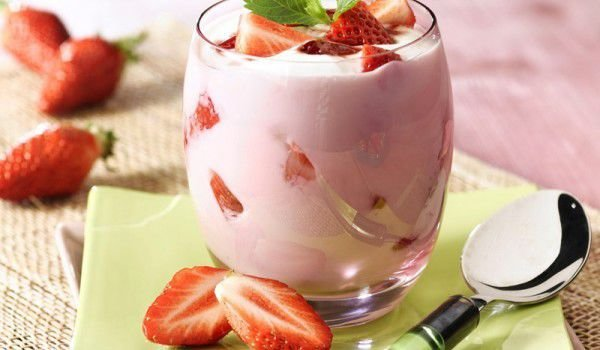 Diet Cream with Fruits