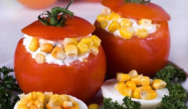 Tomatoes Stuffed with Corn