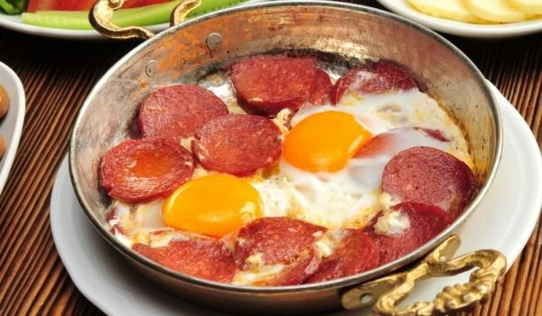Salami with eggs