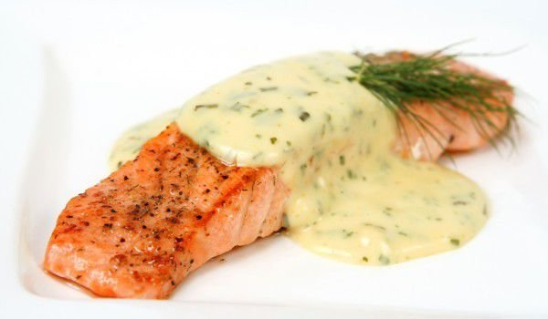 Fish Fillet with Cheese Sauce