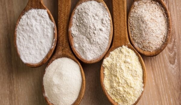 Almond flour and other flours