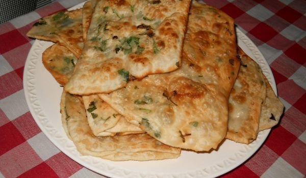 Economical Express Phyllo Pastries with Parsley