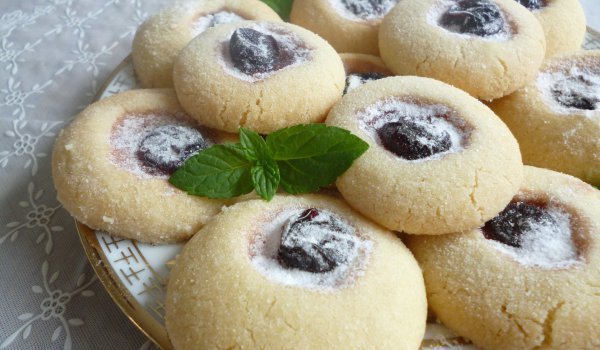 Economical Cookies with Lard