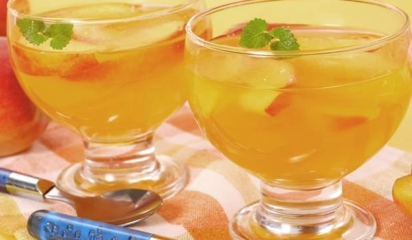 Jelly with Peaches
