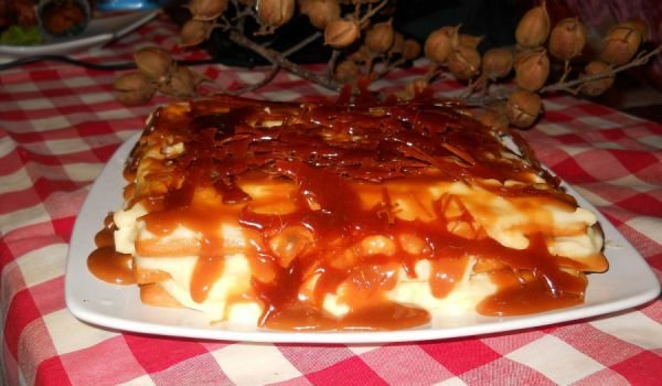 Caramel Cake with Honey Layers