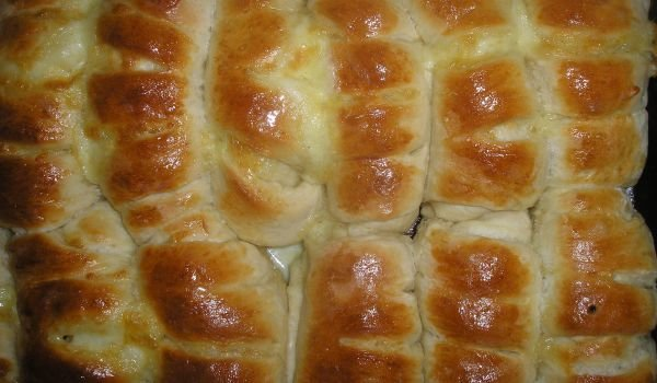 Tasty Cheese Rolls