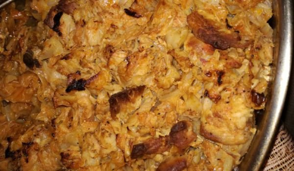 Sauerkraut with Pork and Bay Leaf in the Oven