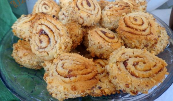 Tree Stump Cookies with Marmalade
