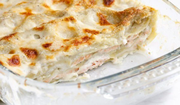 Lasagna with Cheese Sauce and Ham