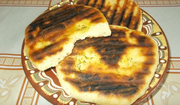 Easy Flatbread with Yoghurt in a Grill Pan