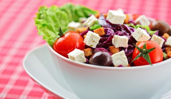 Salad with Beetroots and Mozzarella