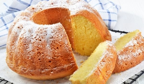 Dry Cake with Sugar