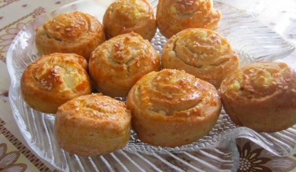 Pastry Pies with Feta Cheese
