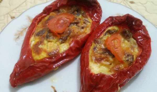 Stuffed Pepper Boats