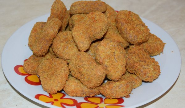 Crumbed Chicken Nuggets with Milk