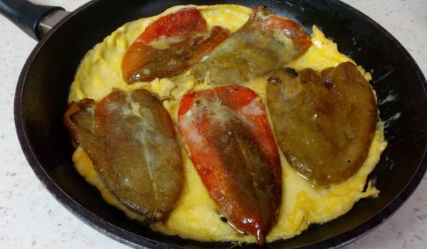 Fried Peppers with Eggs