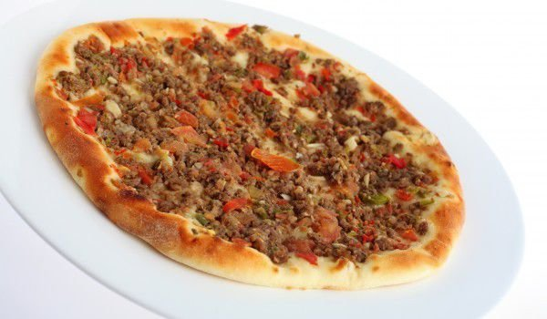 Pizza with Mince and Peppers