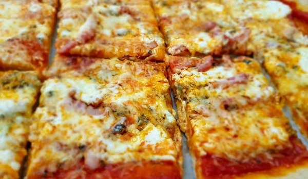 Pizza with Cream, Bacon and Cheeses