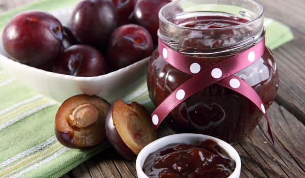 Plum Jam in the Oven