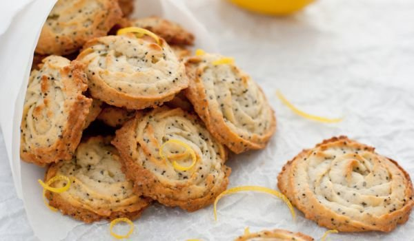 Poppy seed biscuits