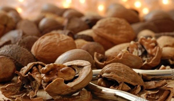How to Store Walnuts?