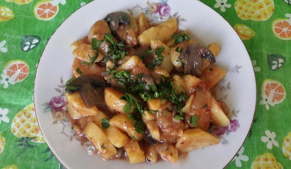 Mushroom Stew with Potatoes