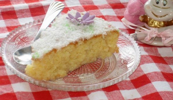Syrup Cake with Semolina and Milk