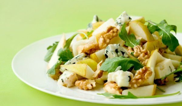 Salad with pears