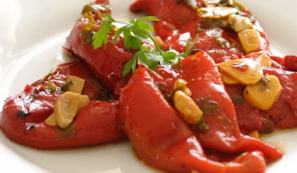 Salad with Roasted Peppers and Garlic