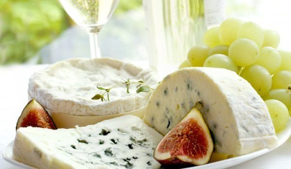 Blue Cheese with Figs