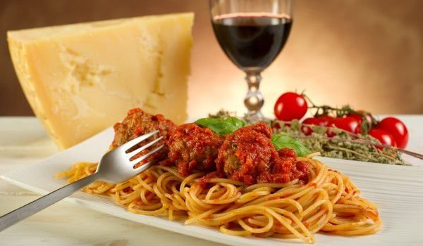 Meatballs on a Bed of Spaghetti