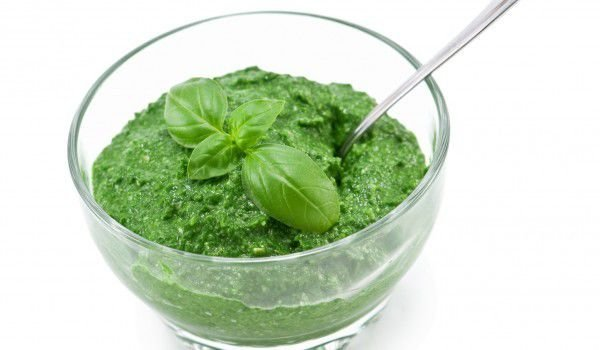 Spinach Puree with Eggs