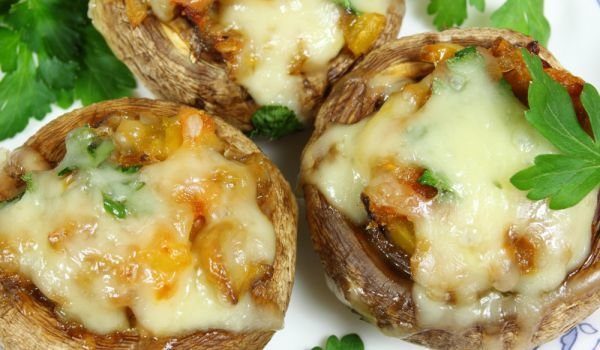 Stuffed Mushrooms with Mince, Cheese or Feta