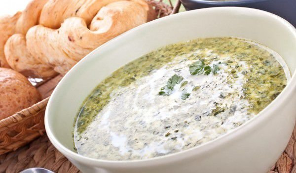 Spinach Soup with Eggs