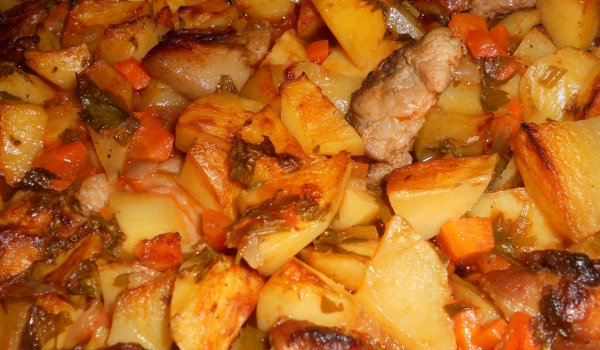 Pork with Potatoes in the Oven